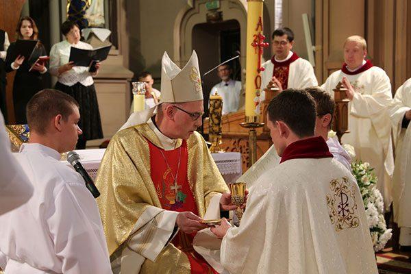 567-new-priest-3-e1463420529798