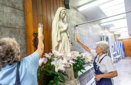 Lourdes Volunteer